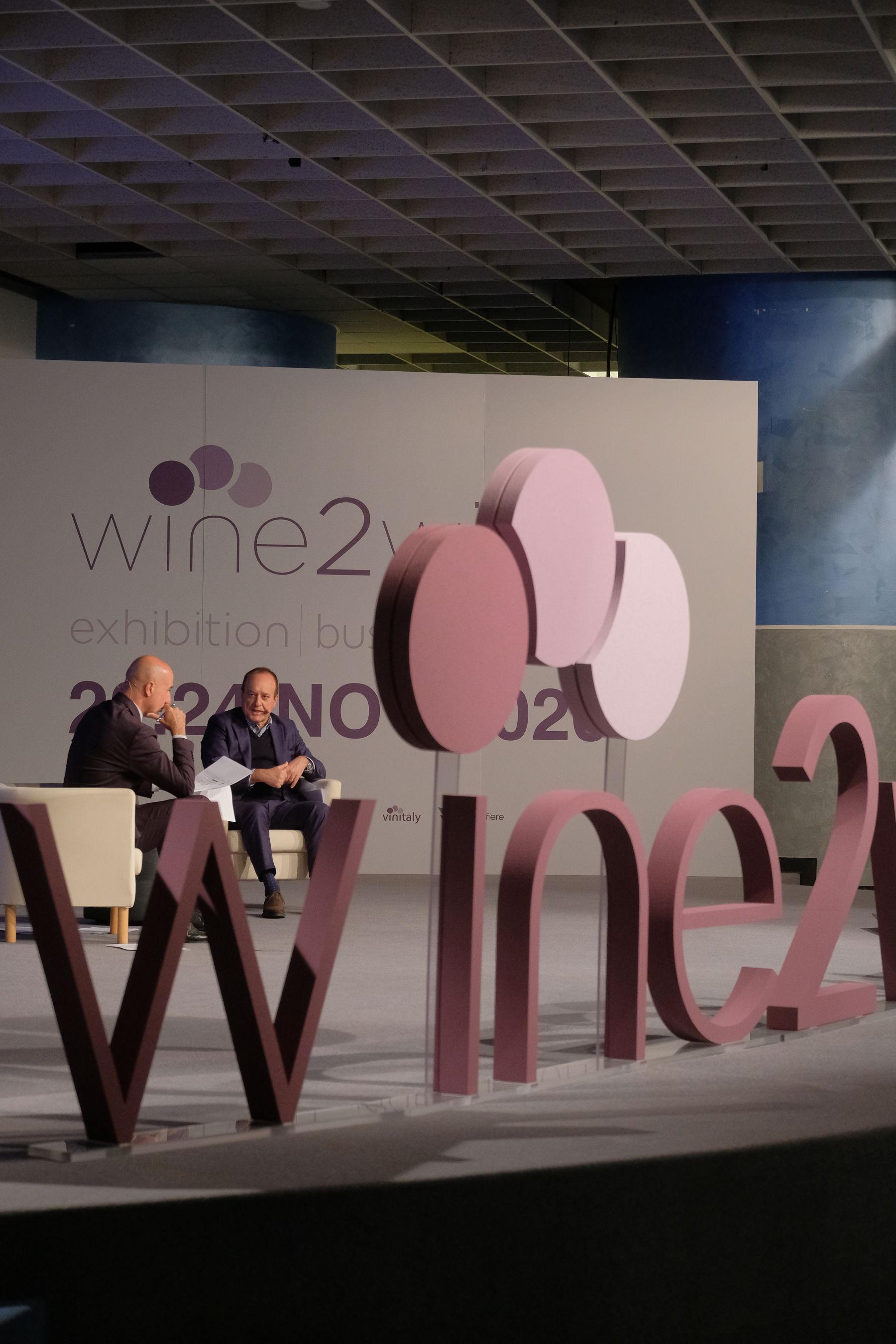 Commercio del vino 2020: Italia -4,6%