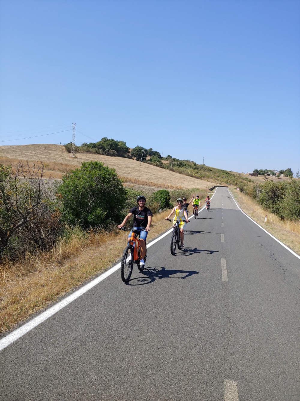 E-bike tour tra i filari del Montecucco