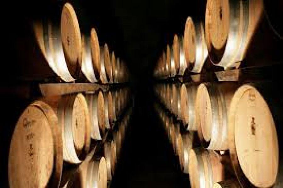 In calo le giacenze nazionali di vino